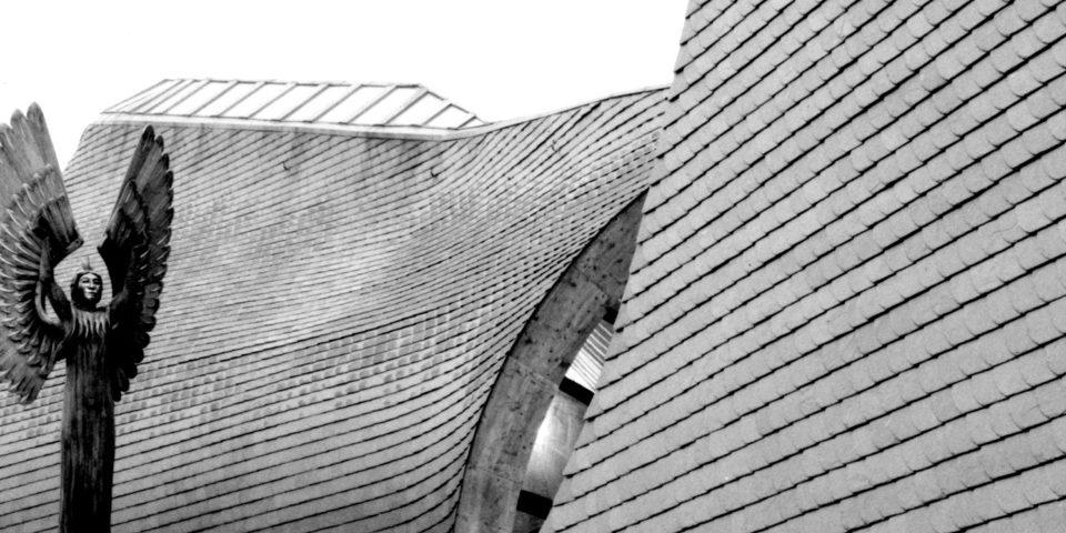 Makovecz Imre szakrális építészete