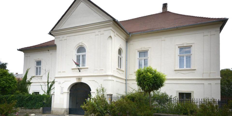 Erhardt Gábor – A Rákóczi-Aspremont kúria felújítása