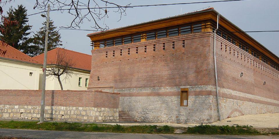 Kuli László – Általános Iskola tornaterme és öltözői, Budajenő