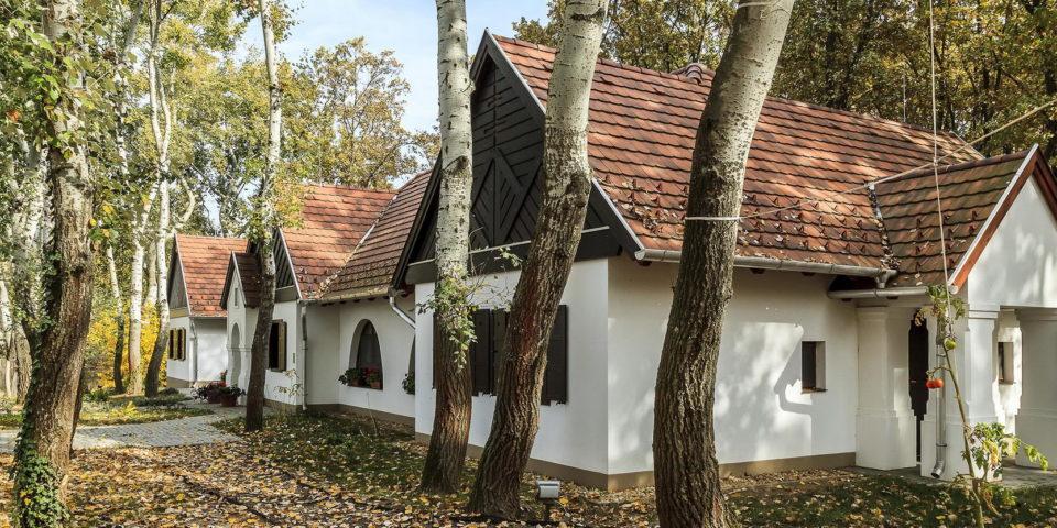 Tóth Péter – Horgászközpont, Tiszafüred