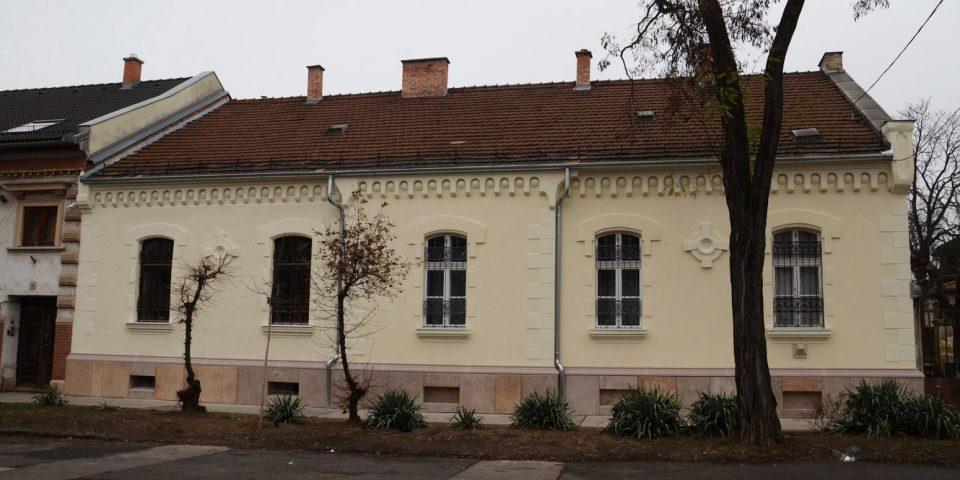 Négy fal – homlokzatfelújítás a Tisztviselőtelepen